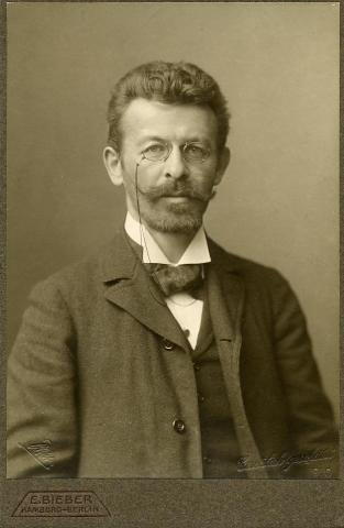 Richard Dehmel, 1910